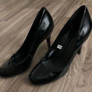 Target brand black rounded heels size 8